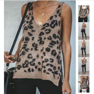 Tops - Leopard sweater tank